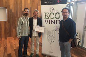 Francisco Robles recoge los galardones de los Premios Ecovino 2017