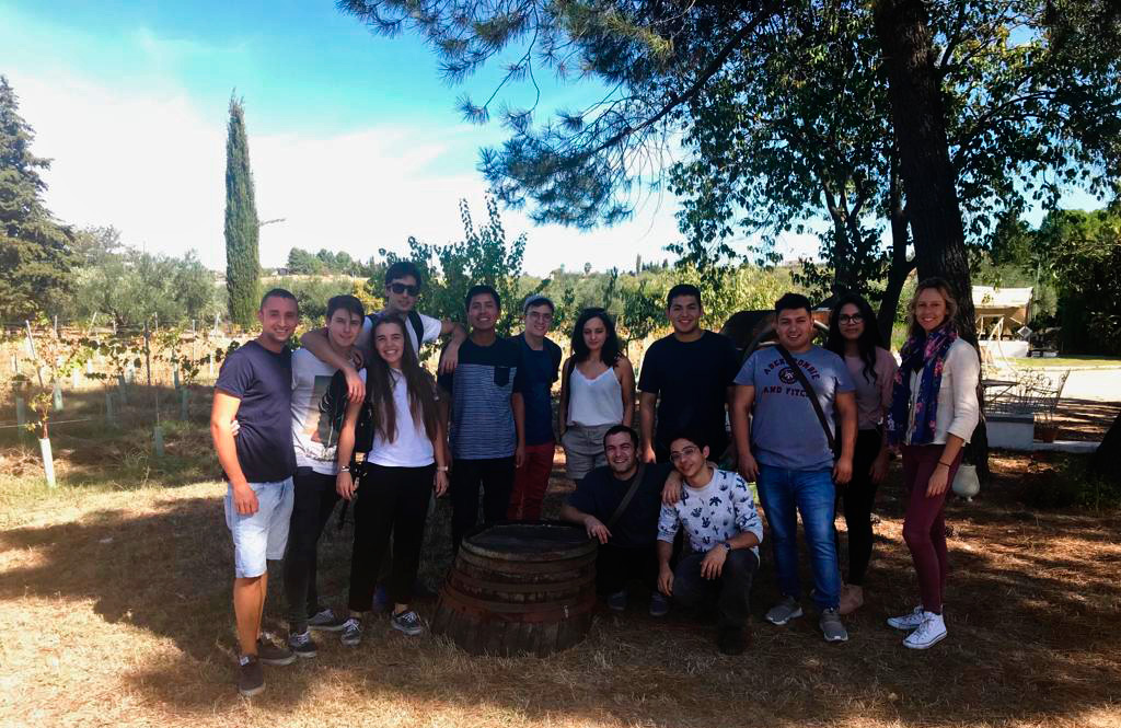 Visita de Noor a Bodegas Robles