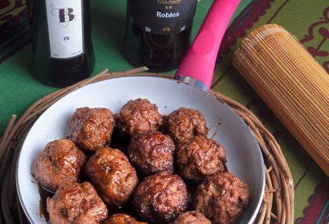 Albóndigas caramelizadas con vermut y Pedro Ximénez